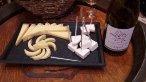 Trois fromages : du chèvre frais, de la tomme de Savoie et du Beaufort